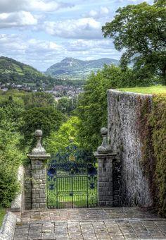 Trip to Wales – Original entrance to Powis Castle