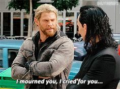 Thor is all of us when Loki comes back in Avengers 4 because he WILL Loki Thor, Marvel Funny, Tom Hiddleston Loki, Marvel Avengers, Marvel Comics, Loki Laufeyson, Loki Gif, Avengers Memes, Marvel Memes