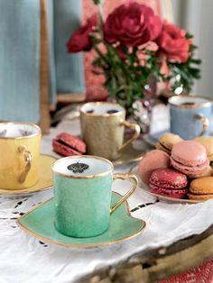 cute peek-a-boo tea cups