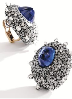 Sotheby´s - Pair of Blackened Silver, 18 Karat Gold, Sapphire and Diamond Earclips, Jar, Paris