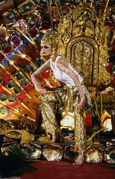 John Galliano Fall 1997 Ready-to-Wear Fashion Show - Kylie Bax