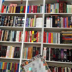 Hoje o feriadão vai ser de muito trabalho ❤️ #lovemyjob #workbabywork #frankfurterbuchmesse #books