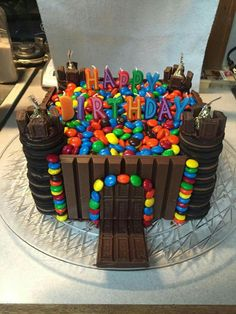 Birthday cupcakes decoration boys sweets 26 Ideas for 2019 Candy Birthday Cakes, Castle Birthday Cakes, Birthday Cupcakes, Chocolate Birthday Cake Kids, Birthday Cake Boy, Chocolate Candy Cake, Torta Candy, Candy Cakes, Cupcake Cakes