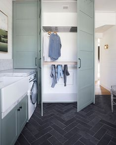There is a huge trend in our laundry designs to create drying cupboards. Swipe left to see how it looks inside. This nifty addition to… Drying Cupboard, Laundry Cupboard, Drying Rack Laundry, Mudroom Laundry Room, Laundry Cabinets, Laundry Room Layouts, Cupboard Storage, Laundry In Bathroom, Basement Bathroom