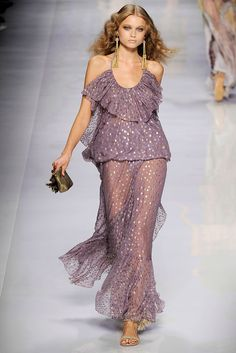 Etro Spring 2010 Ready-to-Wear - Collection - Gallery - Style.com