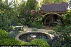 This looks like a Chelsea Flower Show garden to me - Résultats de la recherche
