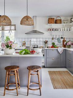 The Nordroom Decor, Kitchen Inspirations, Interior, Home, Decor Design, Small Kitchen, Nordic Home, White Houses, Interior Design Blog