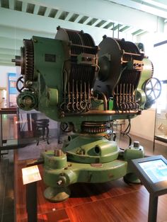 Giant electromagnet (1930)