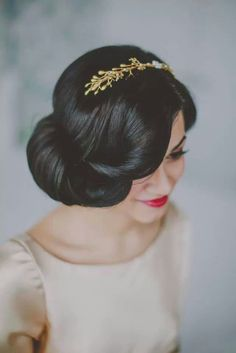 Love the vintage hair styles