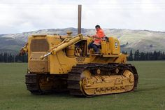 vintage ‪#‎Cat‬ D8 ‪#‎Dozer‬!  Thanks to Carolina Cat