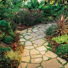 Get our step-by-step guide on how to install flagstone pavers to build an outdoor walkway