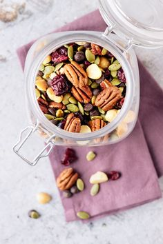 Trail Mix Autumn/Fall Edition - This Vibrant World - Healthy homemade sweet trail mix autumn/fall edition with chocolate and full of nuts, seeds and dried cranberries! Vegan Dessert Recipes, Vegan Breakfast Recipes, Vegan Snacks, Dog Food Recipes, Healthy Snacks, Snack Recipes, Healthy Recipes, Trail Mix Recipes, Vegetarian Chocolate