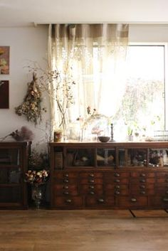 Masaki's diary Jan 2015 Cafe Interior Design, Interior Styling, Vintage Apartment, Asian Interior, Inside Home, Shabby Chic Interiors, Home Decor Kitchen, Living Spaces, Vintage Decor