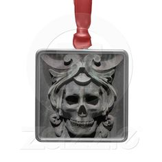 skull ornament for your goth christmas tree