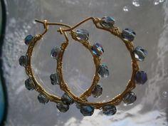 Ohrringe,Creolen,Pfauenfarben,wirework von kunstpause auf DaWanda.com