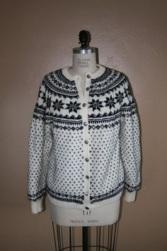 Vintage Festive Norwegian Cardigan Sweater by TheHeirloomAddict