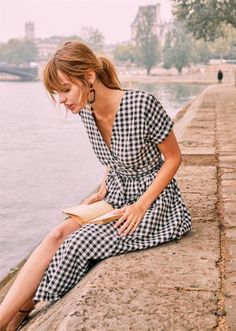 The Daily Hunt: Gingham Pink One-Piece Swimsuit and more! - Katie Considers - Gingham Midi Dress – Parisian chic Source by MiriMariaWeber - Beautiful Dress Designs, Beautiful Dresses, Awesome Dresses, Casual Street Style, The Dress, Dress Skirt, Maxi Dresses, Dress Outfits, Midi Dress Outfit