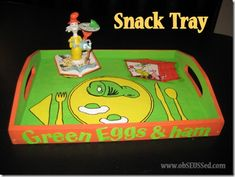 Green Eggs and Ham Snack Tray {DIY Craft}