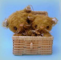 Handmade miniature/small mohair cat and kitten teddy bears artist ooak vintage…