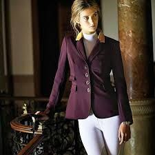 Equestrian Clothes: Body Or Back Protectors Equestrian Outfits, Equestrian Style, Riding Jacket, Horse, Blazer, Colour, How To Wear, Jackets, Clothes