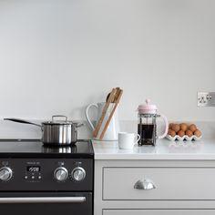ILANGA KITCHEN | Shere Kitchens - beautiful kitchens handmade in Shere Guildford Surrey White Wood Kitchens, Handmade Kitchens, Bespoke Kitchens, Beautiful Kitchens, Surrey