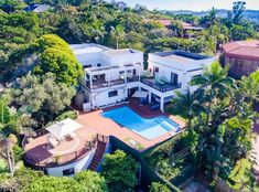 Immaculate splendour in Ballito for R7.7 million. Minecraft, Mansions, Live, House Styles, Hot, Decor, Mansion Houses, Decorating, Villas