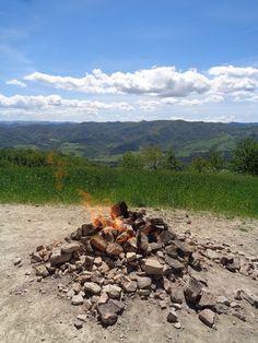 Il vulcano del Monte Busca - Emilia Romagna https://lefotodiluisella.blogspot.it/2017/05/vulcano-monte-busca.html