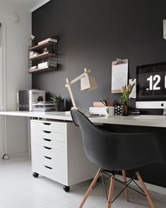 30 Examples Of Dark Interior Design That Proves Black Is Sometimes Best - UltraLinx
