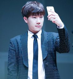 #Sunggyu 160206 For you Valentine party