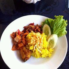 レシピとお料理がひらめくSnapDish - 5件のもぐもぐ - yellow rice by vitantri