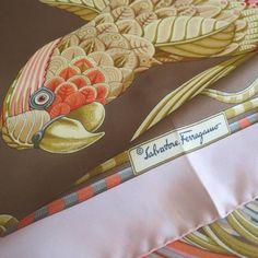 luxe, silk scarf, ferragamo sciarpa, seidetuch, foulard en soie, ferragamo, salvatore ferragamo, accessoire