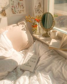 Discovered by Hortense. Find images and videos about white, vintage and aesthetic on We Heart It - the app to get lost in what you love. Aesthetic Room Decor, Beige Aesthetic, Cozy Aesthetic, Aesthetic Girl, Dream Rooms, Dream Bedroom, My New Room, My Room, Room Ideas Bedroom