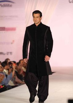 Ronit Roy for Manish Malhotra https://www.facebook.com/pages/Manish-Malhotra/147482601960327