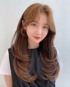 Hair Color And Cut, Cool Hair Color, Permed Hairstyles, Pretty Hairstyles, Korean Bangs, Hair Goals, Dyed Hair, Haircuts, Hair Beauty