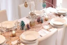 42 idées pour dresser une belle table pour Noël. Comment décorer votre table de fête. ...