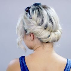 4,958 отметок «Нравится», 78 комментариев — Milana | Milabu (@milabu09) в Instagram: «Some more short hair inspo : full & half twists with bandana (full video on my YouTube channel -…»