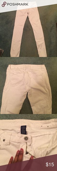 Charlotte Russe White Skinny Jeans Pure white women's skinny jeans. Matches anything, great for spring and summer casual or dressy outfits. No damage. Size 9 Long. Charlotte Russe Jeans Skinny
