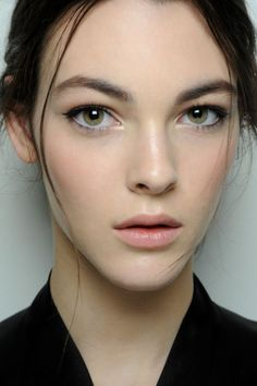 daily make up for green eyes