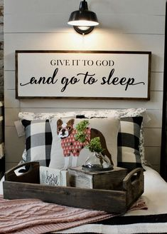 Easy & Creative DIY Home Decor Ideas on A Budget creativehomedecor diyhomedecor homedecorideas ~ Gorgeous House 831054937470192132 My New Room, My Room, Home Bedroom, Bedroom Decor, Bedrooms, Bedroom Ideas, Master Bedroom, Bedroom Carpet, Bedroom Wall