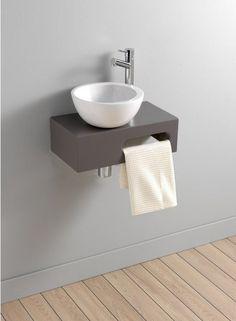 toilet fontein hout met witte kom handdoek van aquanova toilet pinterest hout wc en. Black Bedroom Furniture Sets. Home Design Ideas