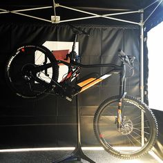 What will it be like to race an E-MTB down the Megavalanche course? This weekend our @enduromag editor will find out! Follow the action on @ebike_mtb! Would you race one of these?
