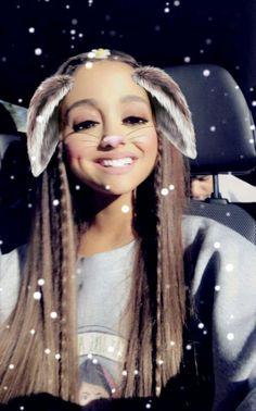 @arianagrande63 ahhw cutie