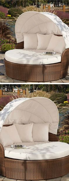 Outdoor canopy daybed - comfort and instant shade. Canopy Outdoor, Indoor Outdoor, Outdoor Decor, Backyard Canopy, Deck Canopy, My Pool, Pool Bar, Outside Living, Outdoor Living