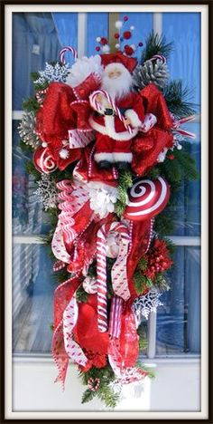 Wreaths: Decorative Door Wreaths, Luxury Christmas Wreaths - Petal Pusher's Home - Maplesville, AL Merry Christmas, Christmas Swags, Christmas Door, All Things Christmas, Christmas Holidays, Christmas Crafts, Christmas Decorations, Holiday Decor, Desk Decorations