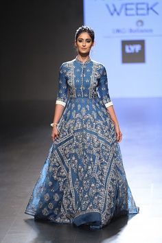 Rahul Mishra at Lakme Fashion Week summer/resort 2016
