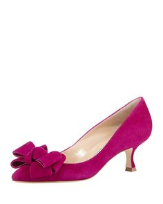 ❥ Nat De La Tejera♚ Lisa Kitten-Heel Bow Pump, Fuchsia by Manolo Blahnik at Bergdorf Goodman. Pump Shoes, Shoe Boots, Shoes Heels, Pumps, High Heels, Bow Heels, Pretty Shoes, Beautiful Shoes, Chic Chic