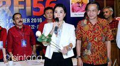 Marcella Zalianty resmi terpilih secara musyawarah untuk memimpin Persatuan Artis Film Indonesia (PARFI) 1956. Terbentuknya PARFI 1956 ini sebagai sebuah gerakan penyelamatan PARFI dengan tema pengembalian kepada PARFI 1956. Marcella juga menargetkan kepengurusan PARFI 1956 yang dipimpinnya akan menggelar tes narkoba secara rutin, setelah nantinya dikonsultasikan oleh para pengurus yang lain. (Adrian Putra/Bintang.com)