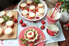 Strawberry Shortcakes | SASIBELLA