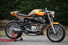 Buell-cyclone-caferacer-16