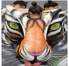 Seen this before, but it never ceases to amaze me. Beautiful #bodyart